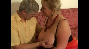 BBW housewife Julia loves fucking younger men